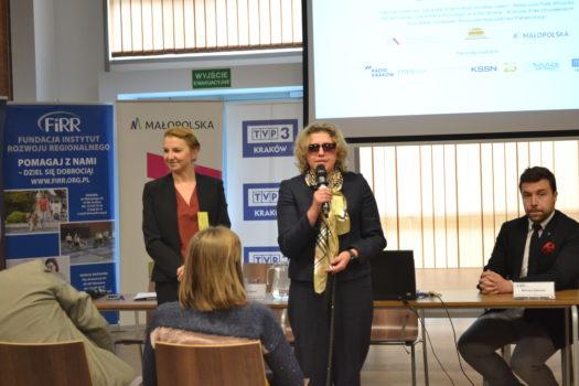 otwarcie konferencji pełno(s)prawny student - dr Anna Rdest dyrektor ds współpracy międzysektorowej oraz Justyna Kucińska nasze prezeska
